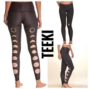 {teeki} new moon yoga hot pants